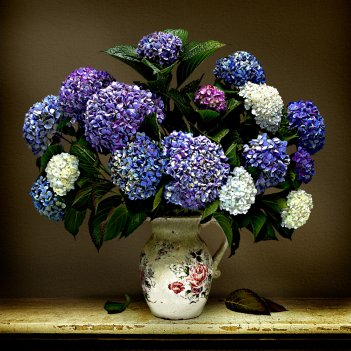 HYDRANGEA VASE LIMITED EDITION of 15