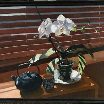 Orchid and iron teapot (2018)